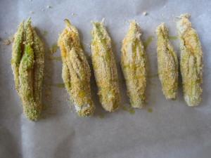 Fiori di zucca ripieni al forno